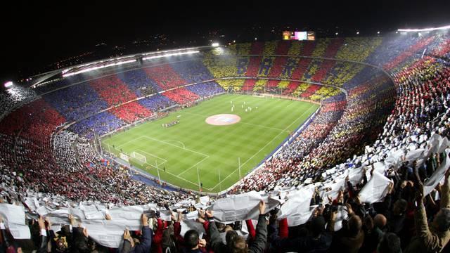 Barcan stadion ja sen tunnelma on jo itsessään nähtävyys.
