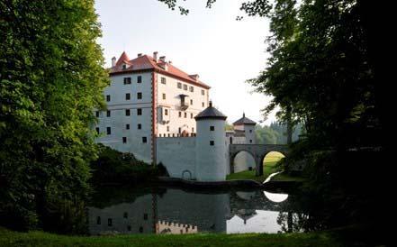 Gradu Snežnikin linna on mainio perhekohde luonnon helmassa
