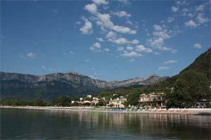 Thassos on tunnettu hienoista uimarannoistaan
